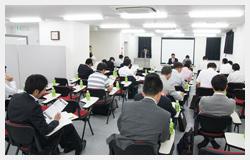 seminar_photo.jpg